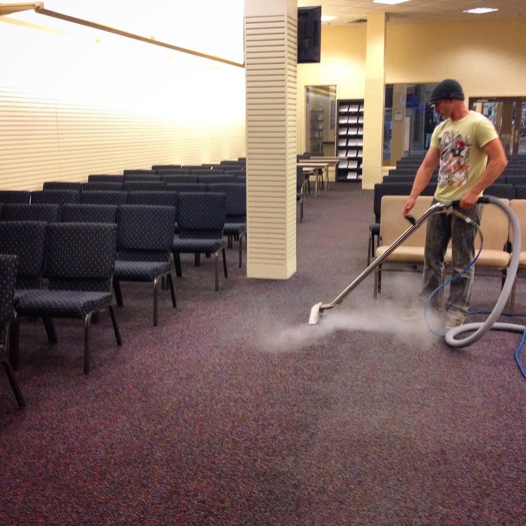 Conan doing some steam cleaning of the #ihopmichiana carpets! #VoiceMinistries